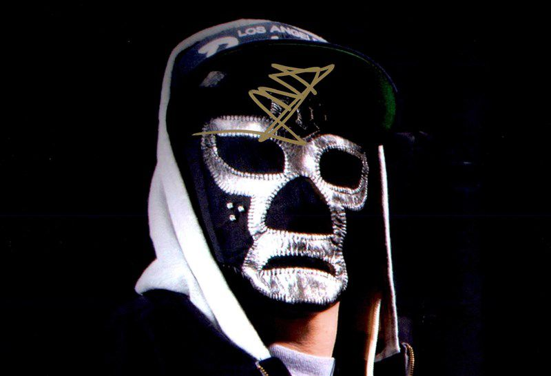 Funny Man of Hollywood Undead authentic signed 8x10 picture