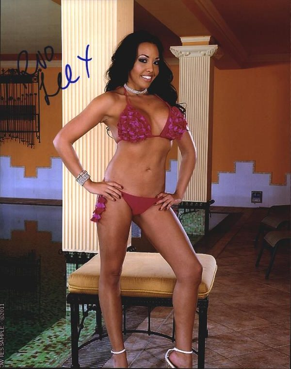 Rio Lee Signed Model 8x10 Photo Proof Certificate D7