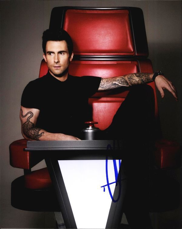 Adam Levine authentic signed 8x10 picture
