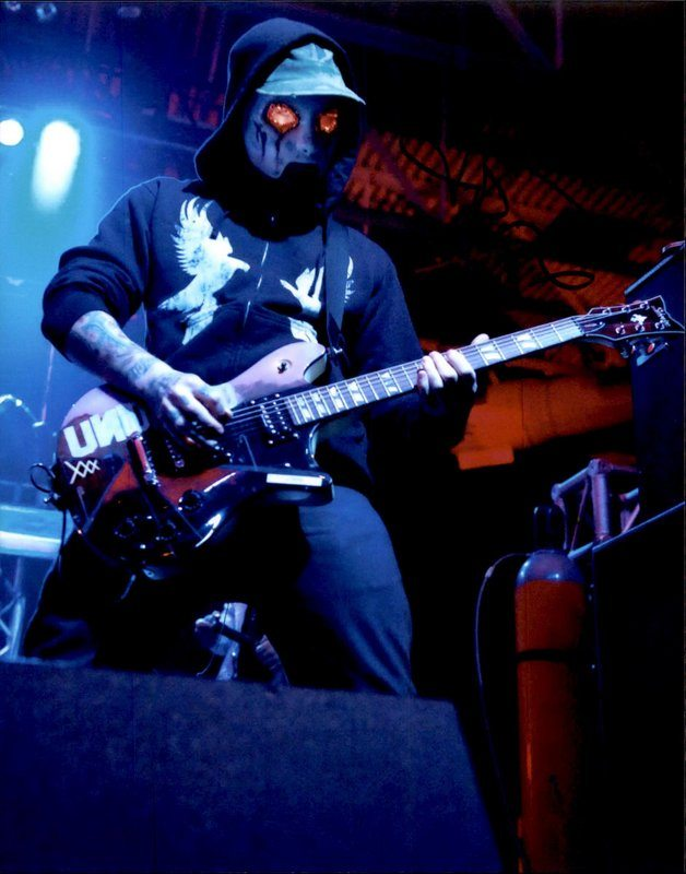 Hollywood Undead Tour Dates 2020 J Dog of Hollywood Undead signed AUTHENTIC 8x10 Free Ship The