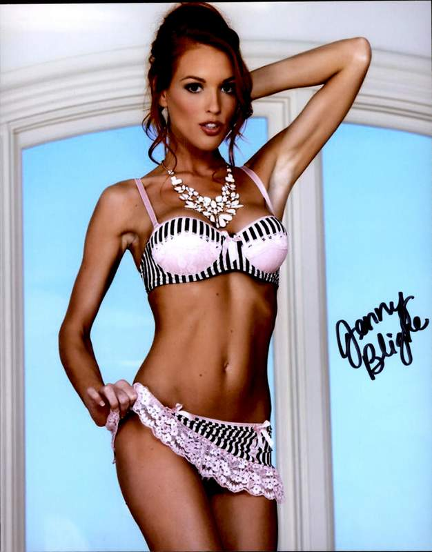 Jenny Blighe Nude Photos 22