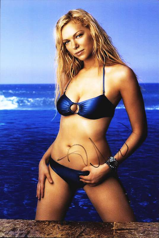Laura Prepon signed AUTHENTIC 10x15|Free Ship|The ...