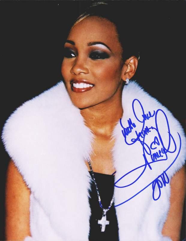 Rock & Pop Erykah Badu Signed 8x10 Photo Sale Price