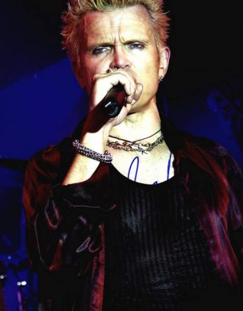 Billy Idol authentic signed 10x15 picture