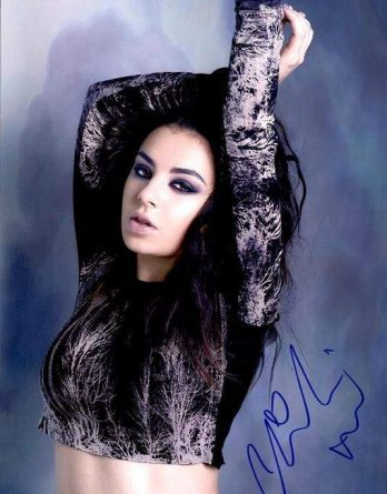 Charli Xcx authentic signed 10x15 picture